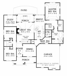 This traditional design floor plan is 2217 sq ft and has 4 bedrooms and has 3 bathrooms.