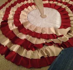 RUFFLED NO-SEW TREE SKIRT HOW TO Terribly Lovely: Feeling a Little Pin-spired