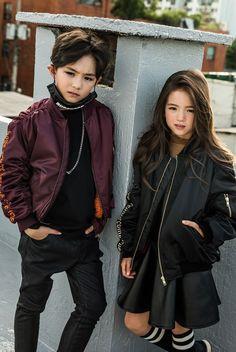 ideas baby korean girl and boy Cute Baby Couple, Cute Baby Girl Pictures, Cute Baby Boy, Cute Little Baby, Cute Boys, Cute Asian Babies, Korean Babies, Asian Kids, Cute Babies
