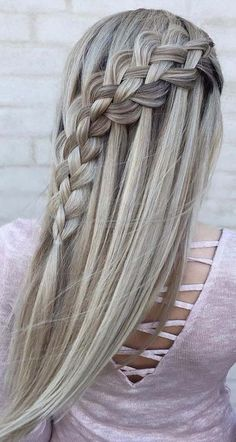 Gorgeous looking hairstyle 2018