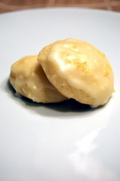 low fat lemon ricotta cookies. making these tomorrow!