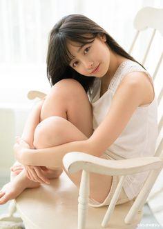 橋本環奈 (Kanna Hashimoto)