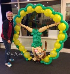 The Hub Gymnastics balloon decor. Twisted balloon art.