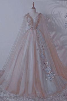 Pretty Prom Dresses, Dream Wedding Dresses, Elegant Dresses, Cute Dresses, Vintage Dresses, Fairytale Dress, Fairy Dress, Debut Gowns, Old Fashion Dresses