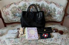 Päivänvarjon alla: What's in my purse? What's In My Purse, My Bags, Longchamp, Purses, My Style, Color, Colour, Wallets, Colors