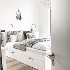 Ikea brimnes Bett bettkasten Stauraum Schlafzimmer bedroom ikeahack - Lilly is Love Bedroom Hacks, Ikea Bedroom, Closet Bedroom, Bedroom Storage, Home Bedroom, Bedroom Furniture, Bedroom Decor, Ikea Closet, Murphy Bed Ikea