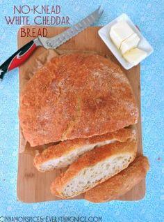 Overnight No Knead White Cheddar Bread