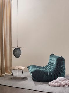 TDC: Styling by Anna Pirkola for Asun Magazine / Photography by Katri Kapanen Canapé Design, Deco Design, Design Salon, Ligne Roset, Living Room Inspiration, Interior Design Inspiration, Pretty Things, Living Divani, Modern Furniture