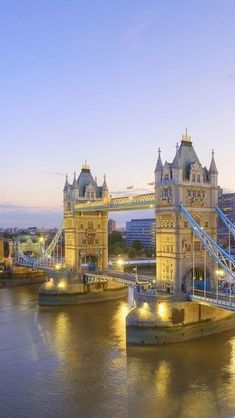 Tower Bridge, Londres; Inglaterra #Europa