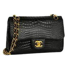 Classic Chanel double flap 2.55 in saturated black crocodile skin with leather and chain strap. Superb! alligator love ^^