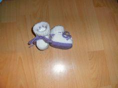 gestrickte Babyschuhe, Frühchen, Reborn von sockenstube14 auf DaWanda.com