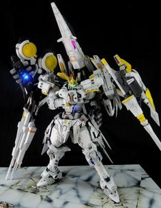 [GBWC2015] MG TALLGEESE III ARES: Latest Work by ロク REVIEW | GUNJAP