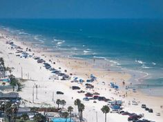 $69 for 4-Night Stay at 2 Choices of 3 Florida Destinations: Ft. Lauderdale, Daytona or Orlando + $100 VISA Dine Around Offer