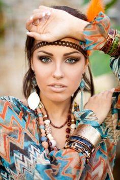 boho makeup neutrals thick eyebrows