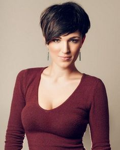 Pixie Haircuts for Older Women with Bangs