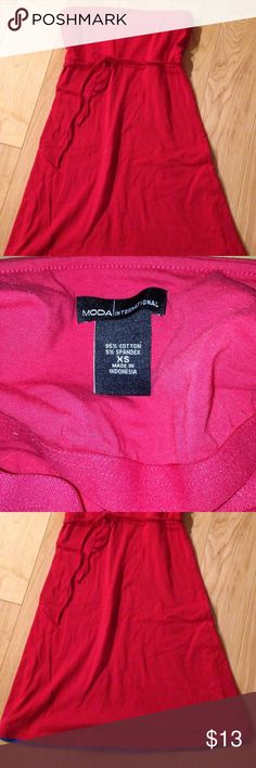 Victoria's Secret MODA International red Dress XS Victoria's Secret MODA International red strapless built in bra belted dress   Lined with Blue.. See trim at bottom   Size XS.  Great preowned condition  Length of dress is 26.5 inches Victoria's Secret Dresses Strapless