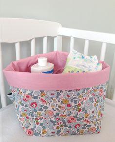 Pour veronette2011: LIBERTY Betsy Porcelaine et coton rose 15x15cm (Taille1) : Décoration pour enfants par dea-concept