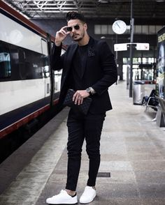 Blazer outfits men - Waiting for my train Time for new adventures! Have a nice evening guys men menstyle streetstyle style… Mens Fashion Suits, Mens Suits, Suit Men, Outfit Hombre Formal, Prom Outfits For Guys, Formal Outfits, Stylish Men, Men Casual, Casual Shoes