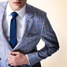 Cool vintage looking blazer. This light blue pattern with the cobalt blue  tie is a great summer look. 2531c01d452