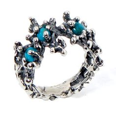 Arosha Taglia - Between the Seaweeds Sterling Silver Turquoise Ring Contemporary jewellery oxidized custom ring