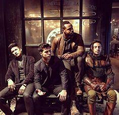 #Subterráneos #Luke #Raphaelsantiago #Meliorn #MagnusBane #brujo #hada #vampiro #hombrelobo #shadowhunters #cazadoresdesombras #cassandraclare