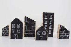 Handmade Black Board Ideas : DIY chalkboard city blocks...  https://diypick.com/decoration/decorative-objects/diy-board/handmade-black-board-ideas-diy-chalkboard-city-blocks/