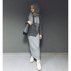 Uploaded by Unknown Hijabi. Find images and videos about fashion, islam and hijab on We Heart It - the app to get lost in what you love. Hijab Casual, Hijab Chic, Casual Wear, Modest Wear, Modest Outfits, Modest Fashion, Fashion Outfits, Fashion Fashion, Tutu Rock