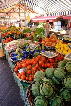 French Market- fresh organic veggies, herbs & fruit, you taste the difference Fresh Market, Fruits And Vegetables, Fresh Fruit, Street Food, Marketing, Healthy, Prints, Farmers Market Display, Produce Market