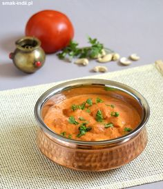 Famous North Indian paneer cheese with tomato-cream gravy (in Polish) Milk Recipes, Other Recipes, Indian Food Recipes, Soup Recipes, Cooking Recipes, Ethnic Recipes, Indian Foods, Paneer Makhani, Vegetarian Gravy