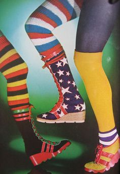 Super Seventies - Platform sneakers and socks for Vogue UK, 60s And 70s Fashion, Fashion Over, Retro Fashion, Vintage Fashion, Womens Fashion, Ladies Fashion, Disco Fashion, Patti Hansen, Lauren Hutton