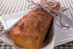 Lingonberry nut bread