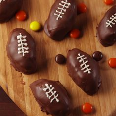 A perfect game day potluck dessert recipe. #food #pastryporn #easyrecipe #recipe #diy #wishlist #triedit #kids #forkyeah #eatthetrend
