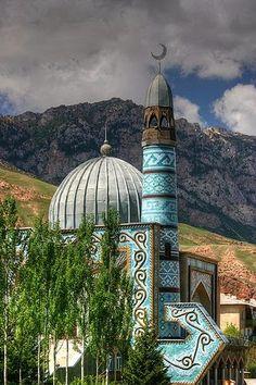 : Mezquita Naryn, Kirguistán