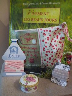 Chiffon, Lunch Box, Livres, Embroidery, Silk Fabric, Sheer Chiffon