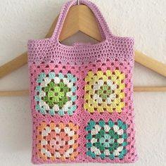 elisabethandree crochet granny shopper