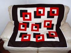 Manta/colcha para sofá em patchwork Os quadrados - Faça esta peça no Maria Adna Ateliê - Endereço: Av. das Carinas, 739, Moema, São Paulo - Fones: 11-5042-0145 e 11-99672-8865 (WhatsApp), Email: ama.aulasevendas@gmail.com. Estacionamento próprio. FACEBOOK: https://www.facebook.com/MariaAdnaAtelie