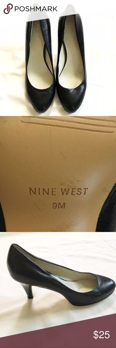 "Nine West heels size 9 VGUC, mild wear on bottom otherwise in great condition!! 3"" heel Nine West Shoes Heels"