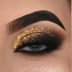 Smoke Eye Makeup, Matte Eye Makeup, Edgy Makeup, Glitter Eye Makeup, Eye Makeup Steps, Makeup Eye Looks, Beautiful Eye Makeup, Eye Makeup Art, Arabic Makeup