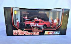LIONEL NASCAR PIT STOP SHOW CASE BILL ELLIOTT 11 STOCK CAR RACING DRIVER & CREW #LionelNASCAR #Ford $16.99#Nascar Stock Car#Racing Collectibles#Winston Cup Racing