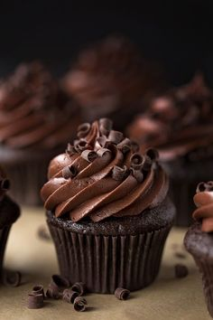 Best Chocolate Cupcakes, Chocolate Flavors, Chocolate Desserts, Chocolate Cupcakes Decoration, Chocolate Chocolate, Simple Chocolate Cupcake Recipe, Best Cupcakes, Chocolate Cupcakes From Scratch, Simple Cupcakes