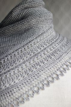 Knitting Patterns Shawl Owlish's Fennyman [aka HENSLOWE made with Madeline Tosh merino Light. Knit Or Crochet, Lace Knitting, Crochet Shawl, Knitting Stitches, Knitting Patterns, Crochet Patterns, Knit Lace, Knitted Shawls, Crochet Scarves