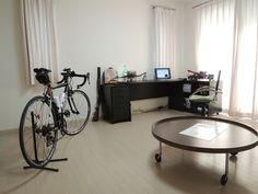 部屋に自転車   これ。自転車もインテリアの ...