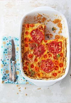 Wonderfully vibrant, delicious looking Deep Dish Tomato Pie.  So pretty!