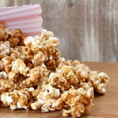 Peanut Butter Caramel Corn im SO making this this weekend! :)