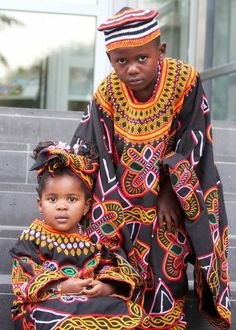COSTUME PLANET: Toghu : Cameroonian Traditional Clothing