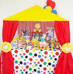 My Babies' Big Top Circus Birthday Party!! Love the table surround - would be good for VBS kickoff