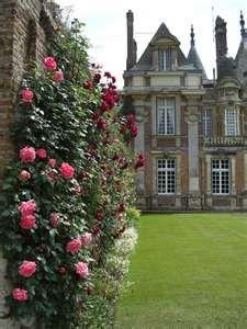 Chateau de Miromesnil - wonderful gardens, tours of chateau