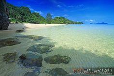 Amazing unspoilt beaches of Pathiu, Chumphon, Thailand