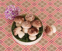 食べるとあま〜い、メレンゲDEマッシュルーム。/デコ・チョコ・スイーツ(「はんど&はあと」2013年2月号)