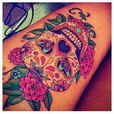 cool # tattoo sugar skull thigh tattoo # cool # tatoo This is really one of the best Sugar skulls ive seen ! Tattoo Hd, Tigh Tattoo, Tattoo Bein, Tattoo Thigh, Skull Thigh Tattoos, Calf Tattoo, Pretty Skull Tattoos, Lost Tattoo, Tattoo Pics